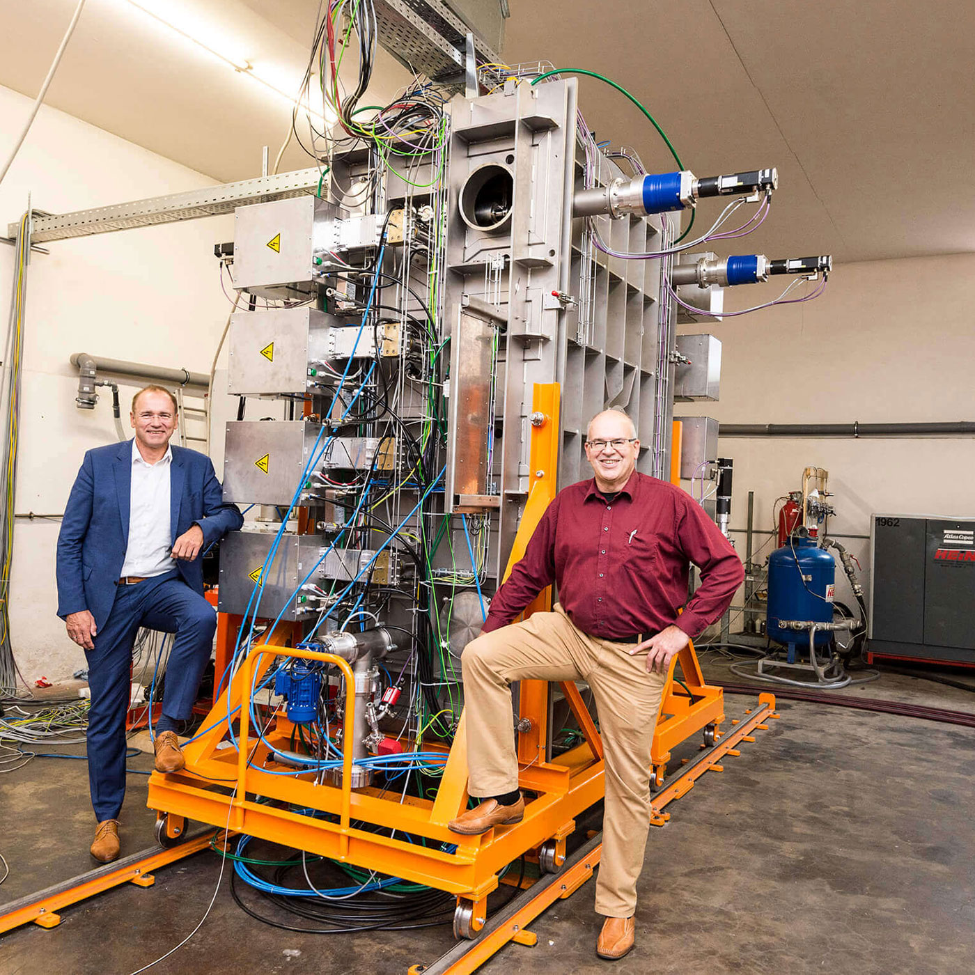 W&L Coating Systems developed machine for industrial production of graphene